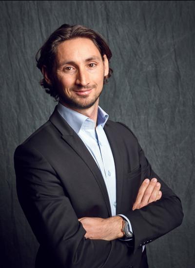 Vincent Lemaire, Expert-Comptable associé chez XO Conseil est à vos côtés dans le développement et la transmission de votre entreprise.