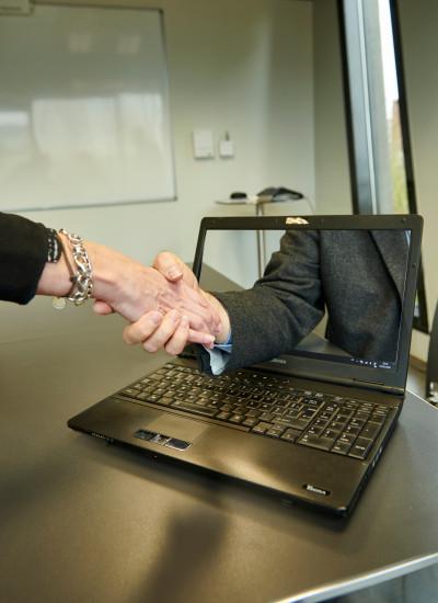 Comptabilité en ligne, dématérialisation des factures, coffre-fort électronique … XO CONSEIL vous offre un ensemble de services en ligne.