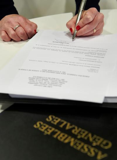 Les spécialistes juridiques d'XO CONSEIL rédigent pour ses clients les actes juridiques qui affectent la vie des sociétés.